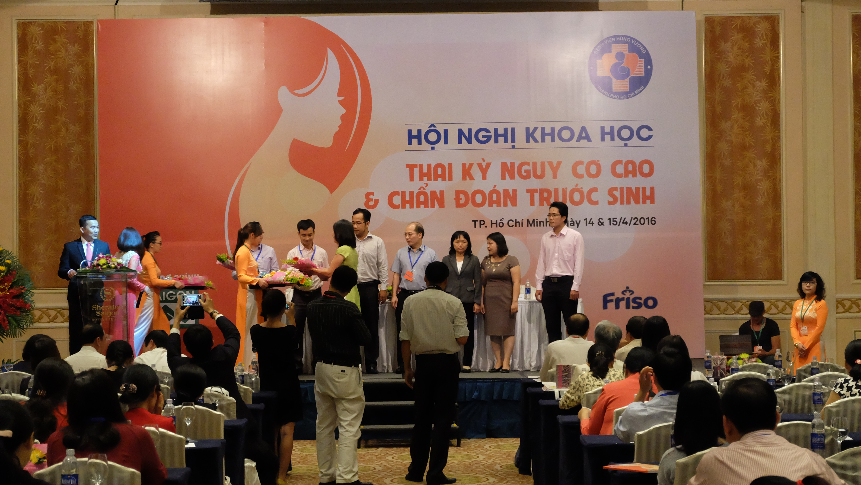 Hội nghị khoa học về Thai kỳ nguy cơ cao và chẩn đoán trước sinh 2016 1