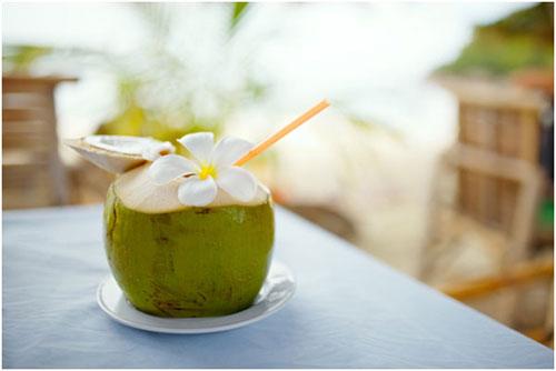 3. Nước dừa 1