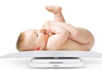 Làm thế nào để trẻ bú mẹ tăng cân nhanh