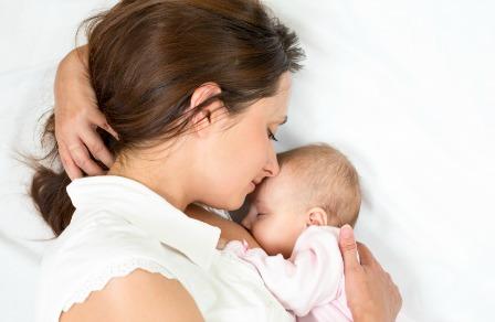 2. Làm gì khi bé không chịu bú mẹ? 2