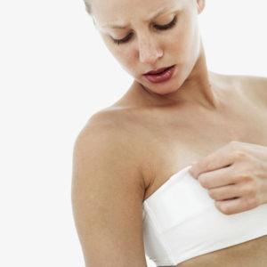Dấu hiệu mang thai tuần đầu – Quầng vú thâm 1